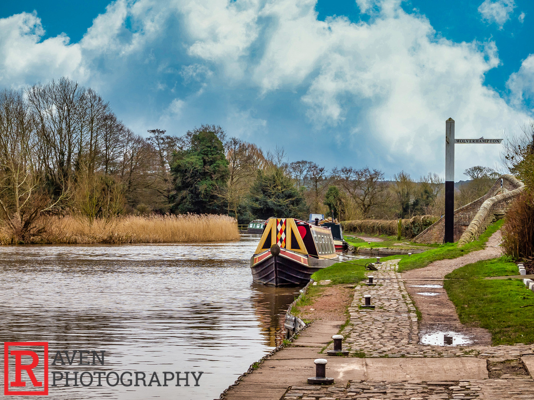 Along the Canal, Great Haywood, Staffordshire